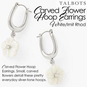 Carved Flower Hoop Earrings White/Imit Rhod